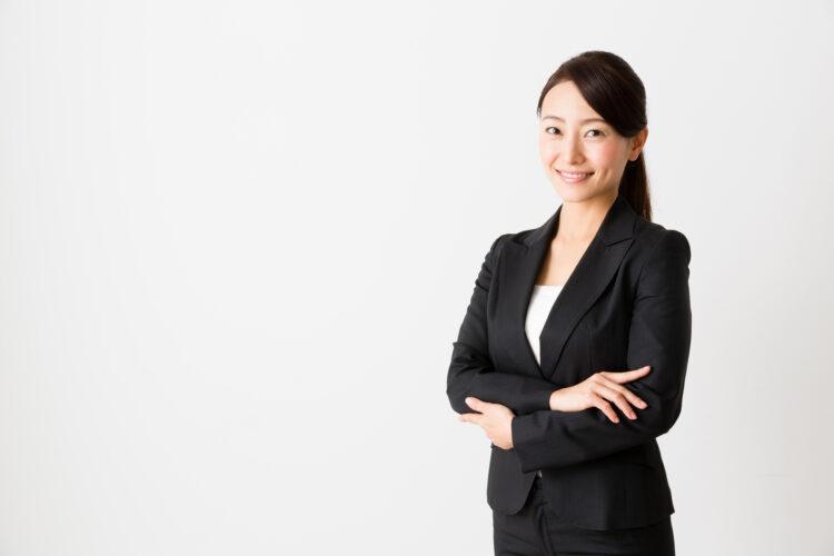 海外で働きたい女性
